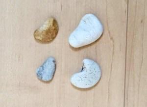 石ころ,ハートの形,工作,ハンドメイド